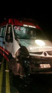Ambulância do SAMU-Belém se envolve em acidente em Sobrado, PB